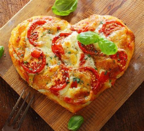 pizza selbst belegen pizzabelag ideen und tipps zur perfekten pizza selber machen