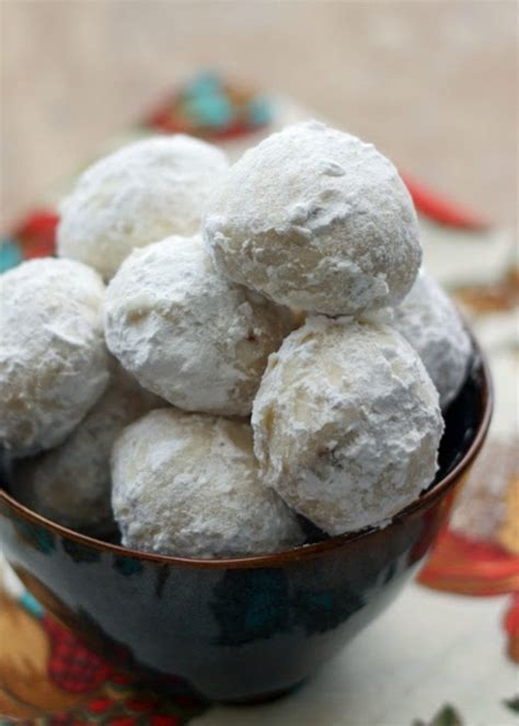 Add dates and pecans and mix well. 30 Delicious Christmas Cookie Recipes - A Blissful Nest