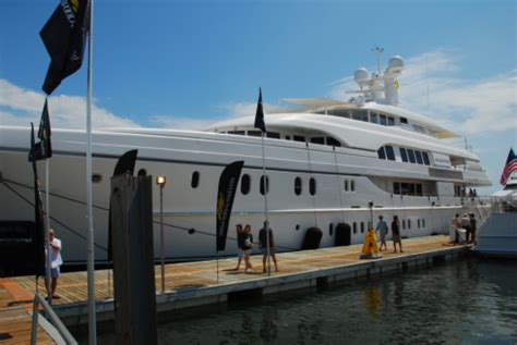 Address Of Palm Beach Boat Show by Palm Beach International Boat Show Part Three Beach