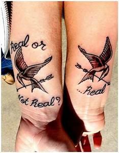Tatouage Couple Original : 60 tatouages romantiques pour couples d 39 amoureux et copains ~ Melissatoandfro.com Idées de Décoration