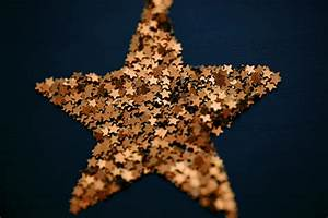 Free Stock Photo 6814 Golden Christmas star | freeimageslive  Star