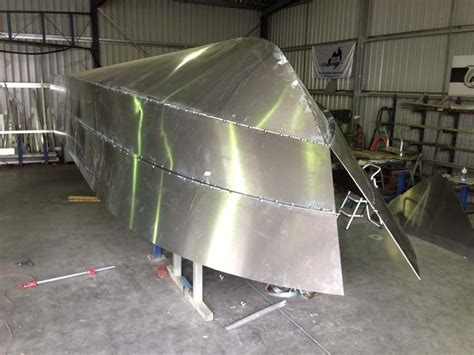 Aluminum Boat Hull Repair by Building The Fishing Boat Trade Boats Australia
