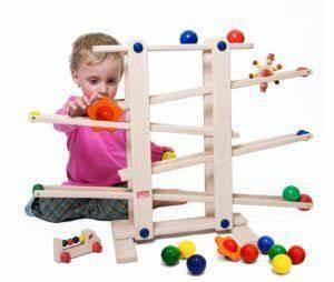 Spielzeug Für 4 Jährigen Jungen : geschenke zum ersten geburtstag f r m dchen und jungen spielzeug children baby und toys ~ Buech-reservation.com Haus und Dekorationen