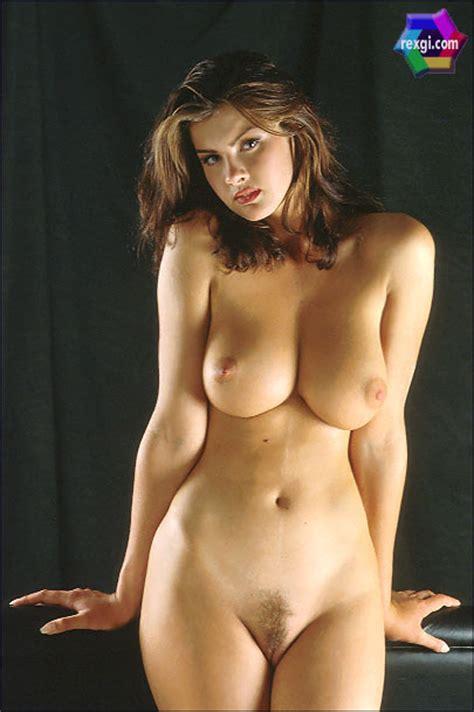 nackt Kirsebom Vendela 41 Sexiest
