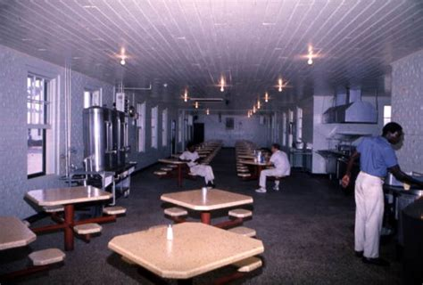 florida memory dining hall   apalachee correctional