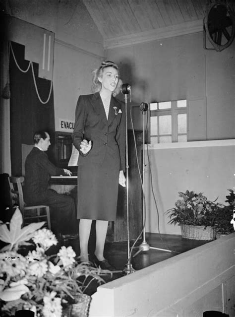 Singer Vera Lynn was the 'Forces Sweetheart' of the Second