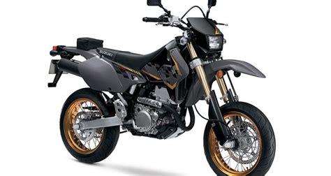 street legal motocross bikes the 2016 suzuki dr z400sm the street legal dirt bike with