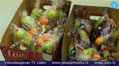 Līvānieši Ziemassvētkos iepriecina ģimenes atbalsta centra ...