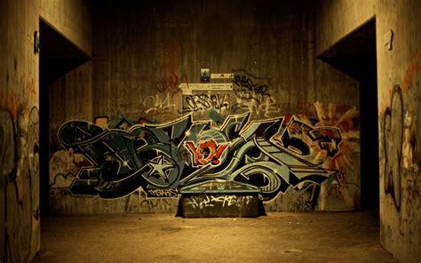 wallpaper city graffiti wall subway desktop wallpaper