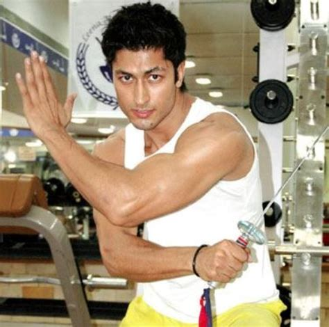 Bench Press Strength Routine by Martial Arts Expert Vidyut Jamwal S Workout Routine Diet