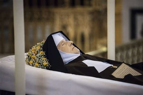 funeral marks mother angelicas life   faithful bride