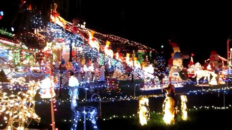 beautiful christmas decorated house lots  lights youtube
