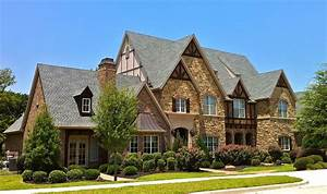 My Two Cents: I'm All About Tudor Style Houses