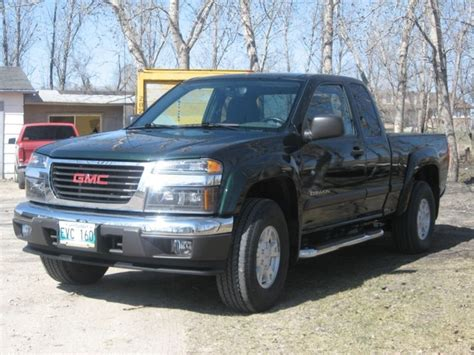 books about how cars work 2004 gmc canyon user handbook 2004 gmc canyon overview cargurus