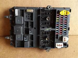 2002 Jeep Grand Cherokee Bcm Fuse Box Block Panel Used Oem