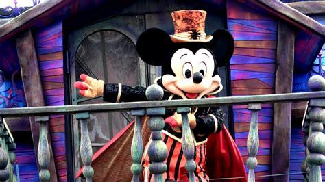 theme park review halloween time  disneyland paris