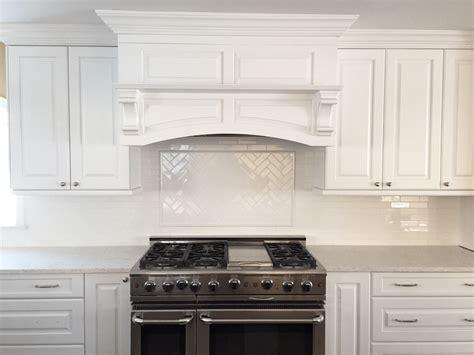 pictures of kitchen backsplash white backsplash tile by design inc 4204