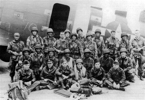 day airborne division pathfinder plane