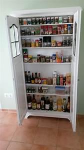 Wir Bauen Dein Schrank : wir haben aus einem alten wohnzimmer schrank einen gew rz ~ A.2002-acura-tl-radio.info Haus und Dekorationen