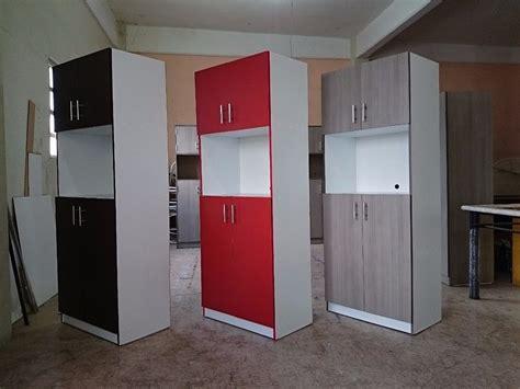 mueble  horno de microondas estilo minimalista