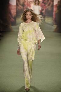 marc cain ss16 future at berlin fashion week
