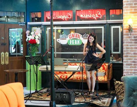 Central Perk Singapore: FRIENDS Themed Cafe For (real