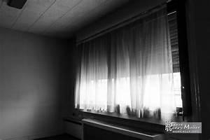 Bureau Noir Et Blanc : rideaux dans un bureau de l 39 imprimerie en noir et blanc ~ Melissatoandfro.com Idées de Décoration