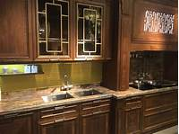 glass kitchen cabinets Glass Kitchen Cabinet Doors And The Styles That They Work Well With