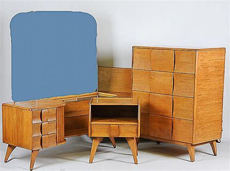 Heywoodwakefield Kohinoor 4pc Bedroom Set