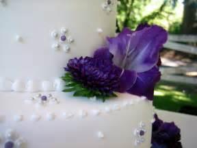 purple wedding cake jillicious discoveries three purple wedding cakes