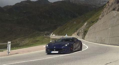 Ηλεκτρικό μοντέλο καταστράφηκε ολοσχερώς βγάζοντας. Ferrari 812 Superfast vs. Lamborghini Aventador S Drag Race Is a Bummer - autoevolution