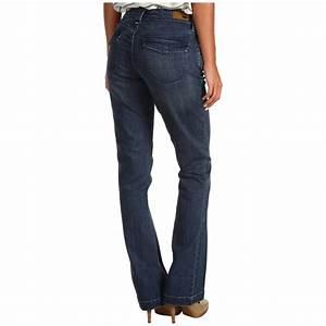 Leviu2019s Womenu2019s Curve ID Jeans  $16.99 | MyBargainBuddy.com
