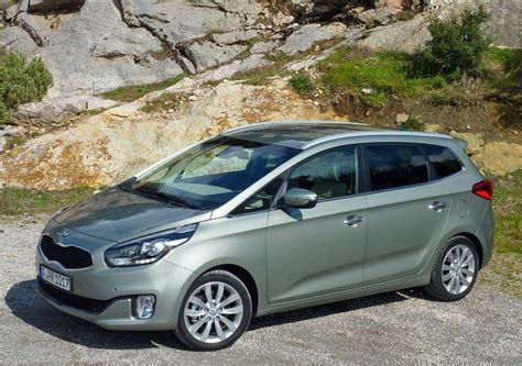 kia 7 places monospace 7 places kia carens
