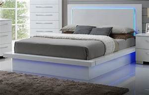 Lit Bed Up : new classic furniture sapphire king bed the classy home ~ Preciouscoupons.com Idées de Décoration