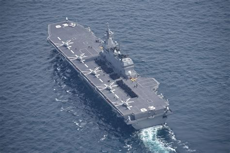 japan s izumo class helicopter destroyer an aircraft