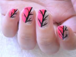 Applying easy nail art designs expert