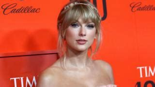 Man 'stalking' Taylor Swift arrested in New York - BBC News