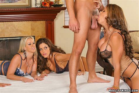 Cfnm Fantasy Big Tits Milfs Take Advanta Xxx Dessert Picture