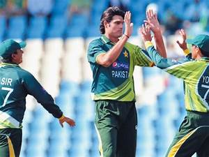 Pakistan gear up for do-or-die clash - The Express Tribune