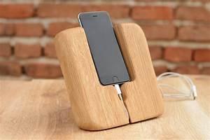 Cool design iPhone dock station, solid oak wood i6 Dock