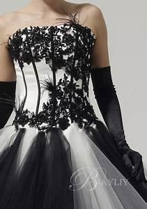Coiffeuse Noir Et Blanche : robe de mari e pas cher robe de mariage pas cher robe de mari e blanche et noir ball gown ~ Teatrodelosmanantiales.com Idées de Décoration