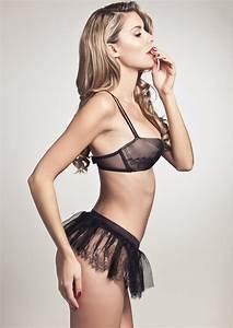 Lingerie Chantal Thomass : lingerie de no l 2014 xv coup de foudre pour chantal thomass ~ Teatrodelosmanantiales.com Idées de Décoration