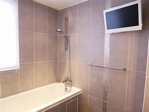 la salle de bain photo 1 4 carrelage gris taupe grand With carrelage salle de bain taupe