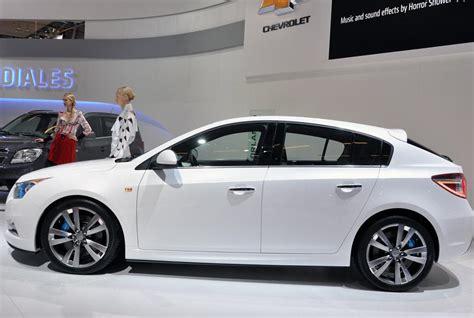 2011 Chevrolet Cruze Specs by Chevrolet Cruze Hatchback Photos And Specs Photo