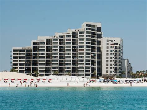 One Bedroom Condos In Destin Florida by Beachside Towers I Destin Condo Rentals By Reef