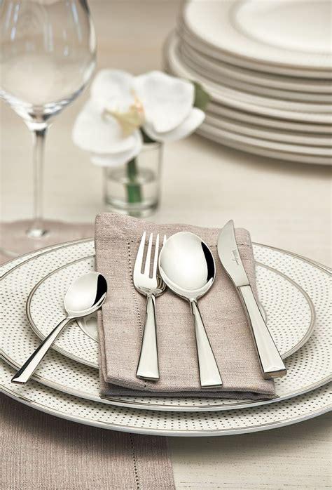 Elegant Christmas Table Decorations by 100 Par 231 A Fine Bone Yemek Takımı Spoint Yemek Takımları