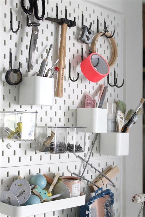 Arbeitszimmer Mit Ikea by Heimwerkerwand Mit Lochplatte Ikea Organize In 2019