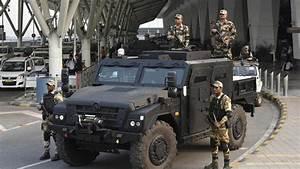 Sherpa Renault : renault sherpa armoured vehicle assigned to guard delhi airport ~ Gottalentnigeria.com Avis de Voitures