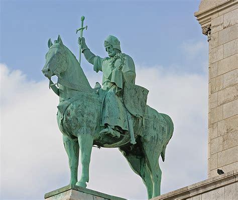 statue equestre  sacre coeur  photo  ile de france
