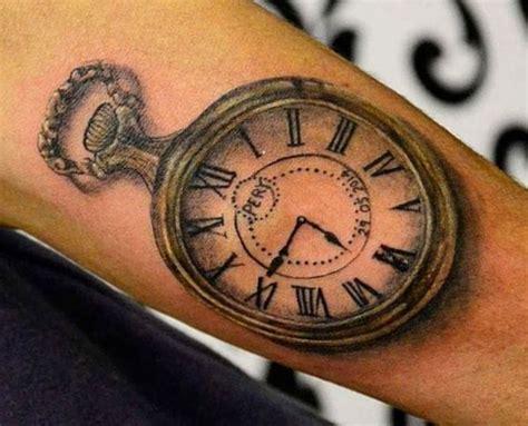 Uhr Tattoos 25 Ideen, Bedeutungen, Bilder Und Entwürfe